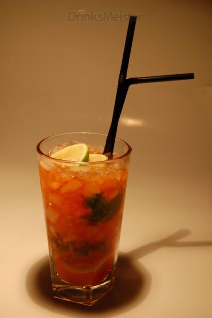 Blue Caipiruva | DrinksMeister - Drinks & Cocktails, Drinksopskrifter, Rom, Gin, Vodka, Tequila