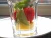 Start med lidt frugt, gerne sødt og surt