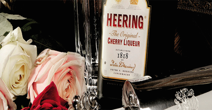 Heering-bottle-with-roses
